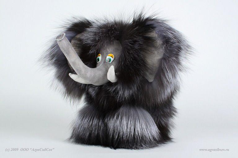 Игрушки из натурального меха купить в Москве Меховой салон в ZC46